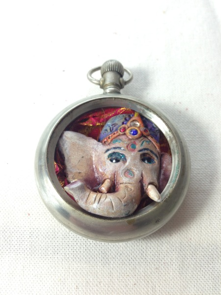 Ganesha watch 2