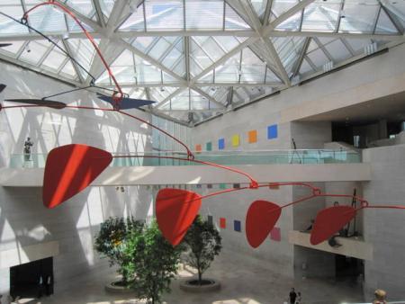 Calder lobby NGA