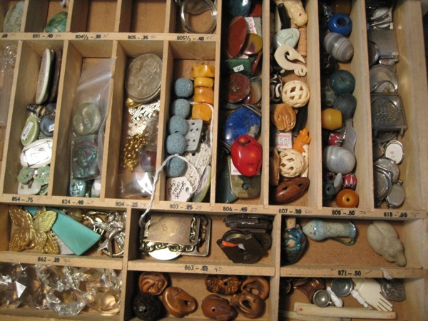 bead drawer